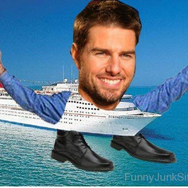 Tom-Cruise-Funny-Ship
