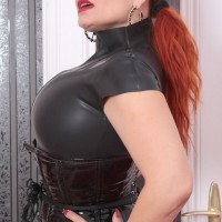 mistress-nora-text-dom