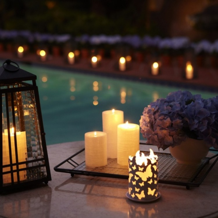 1eccb4f93d5e18a42bbdffe57c1a170b--beautiful-candles-outdoor-fun