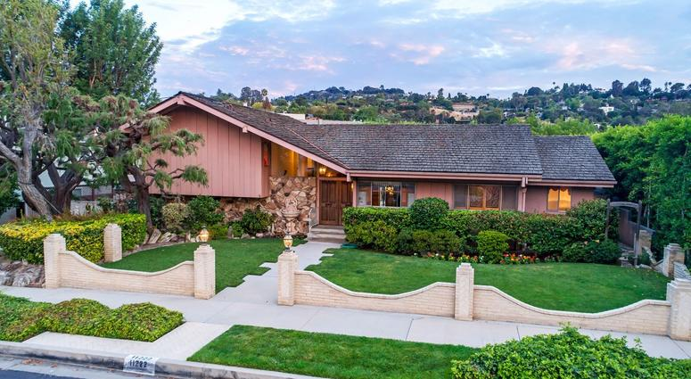'Brady Bunch' House For Sale For Nearly $1.9M
