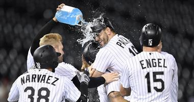 White Sox Beat Indians, With Walk-Off Single