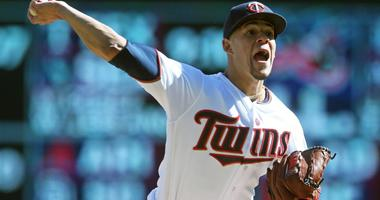 Twins Sweep White Sox In Double Header