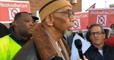 Rep. Bobby Rush speaks at a protest over the planned clossings of Target stores on the South Side.