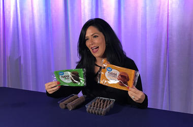 Kelly Tries Imitation Girl Scout Cookies