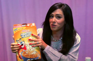 Kelly Tries Pumpkin Spice Frosted Flakes