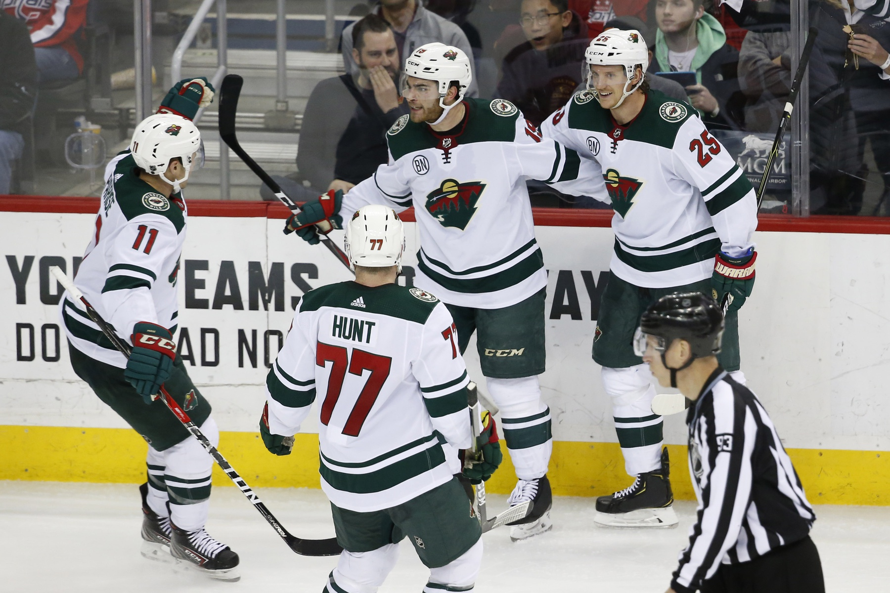 Wild win 2-1 over Capitals to stay in playoff hunt  278605602d32