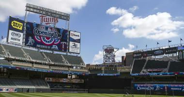 Twins home opener tickets on sale Tuesday