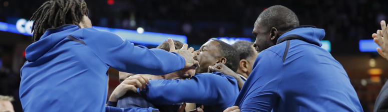 Saunders wins 1st game, T'Wolves top Thunder 119-117