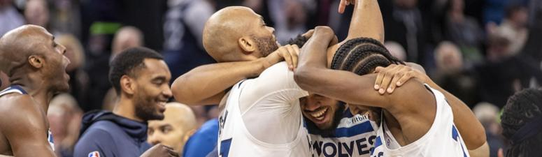 Towns hits desperation shot, Wolves beat Grizzlies 99-97 in OT