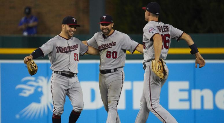 Twins win at Detroit