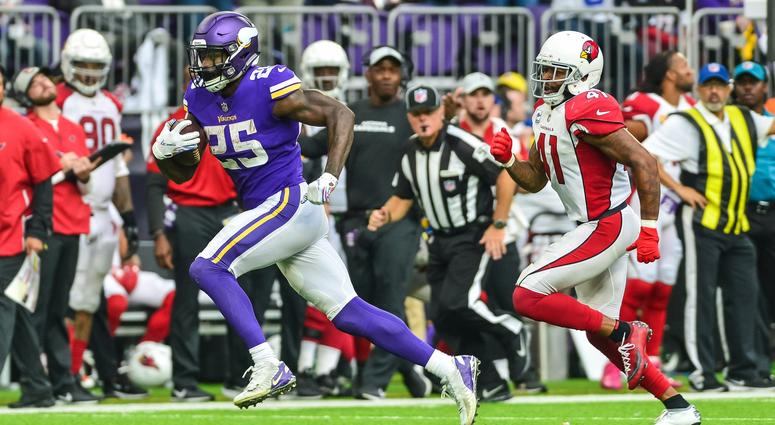Latavius Murray torches the Cards