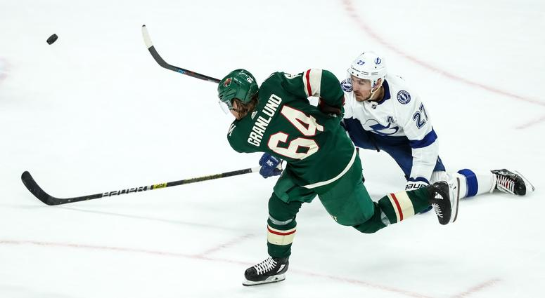 Mikael Granlund against Tampa Bay