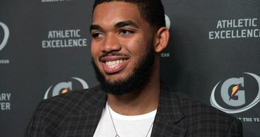 AP Source: Towns getting $190 million extension from Wolves