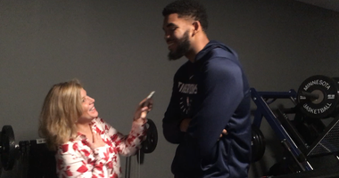 Karl Anthony Towns gives Timberwolves employees a big breakfast thank you