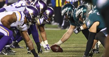 Vikings take on Eagles
