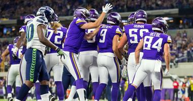 Vikings get late surge for win
