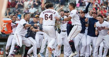 Walk off homer by Astudillo