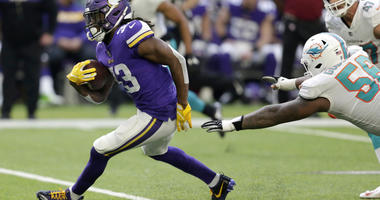 Rejuvenated offense leads Vikings to 41-17 win over Dolphins
