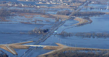Midwest flooding heading downstream