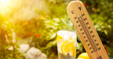 Thermometer and lemonade