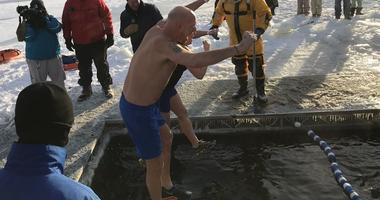 Diving into Lake Minnetonka on New Years Day 2019