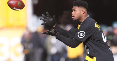 JuJu Smith-Schuster Tries To Recruit LeBron To Play For Steelers