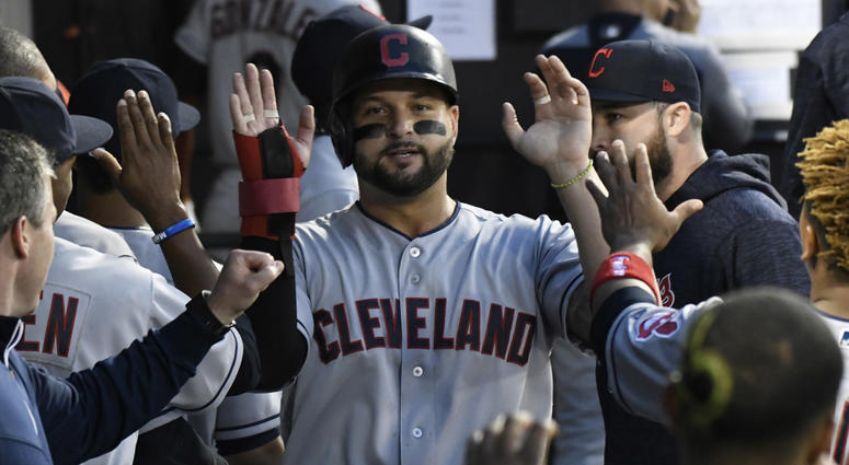Major League Baseball trade rumors: Indians deal first baseman Yonder Alonso to White Sox