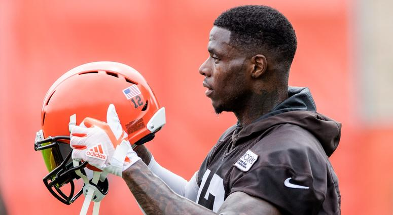 Cleveland Browns wide receiver Josh Gordon (12) during minicamp at the Cleveland Browns training facility.