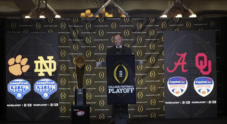 Pete Fiutak talks College Football Playoff expansion with Bull & Fox