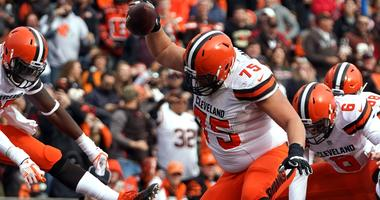 Browns notes: Joel Bitonio's grandma is trying to get him to the Pro Bowl