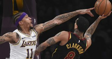 Cavs stun Lakers 101-95 to end 12-game losing streak