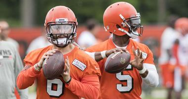 Seneca Wallace: I want to let Baker Mayfield absorb information from Tyrod, keep grooming him for the future