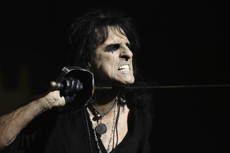 how to dress like alice cooper for halloween