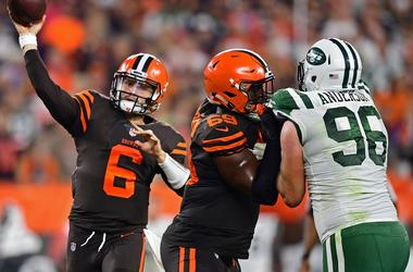 Cleveland Browns quarterback Baker Mayfield (6) throws a pass during the first half of a game at FirstEnergy Stadium.