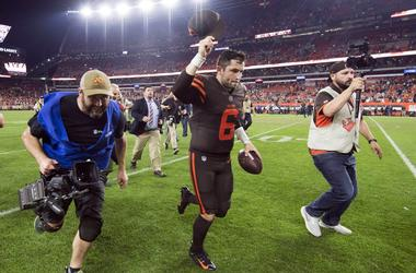 Cleveland Browns quarterback Baker Mayfield (6) runs off the field after the Browns beat the New York Jets at FirstEnergy Stadium.