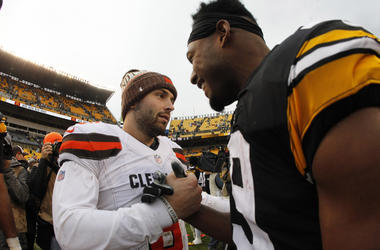 Cleveland Browns quarterback Baker Mayfield (6) and Pittsburgh Steelers wide receiver JuJu Smith-Schuster (19) shake hands after their game at Heinz Field. The Steelers won 33-18.