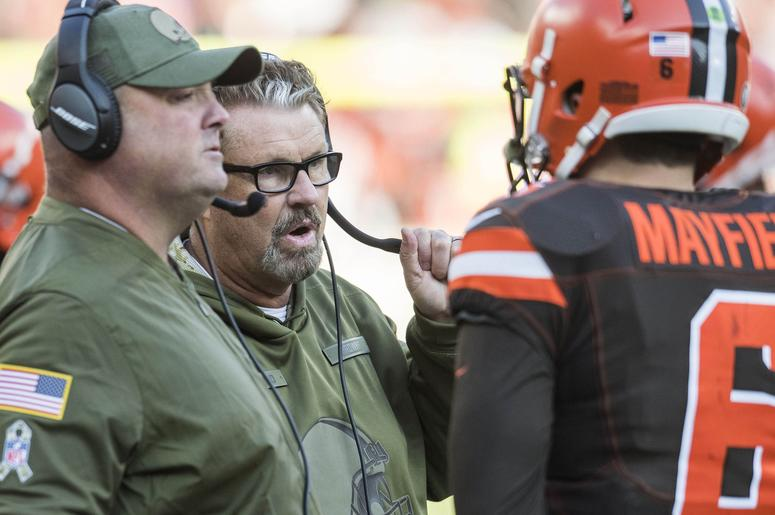 Cleveland Browns head coach Gregg Williams talks with Cleveland Browns quarterback Baker Mayfield (6) during the second half against the Atlanta Falcons at FirstEnergy Stadium.