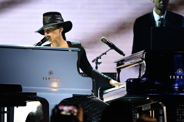 February 10, 2019; Los Angeles, CA, USA; Alicia Keys performs a Songs I wish I d written medley during the 61st Annual GRAMMY Awards on Feb. 10, 2019 at STAPLES Center in Los Angeles, Calif. Mandatory Credit: Robert Hanashiro-USA TODAY NETWORK