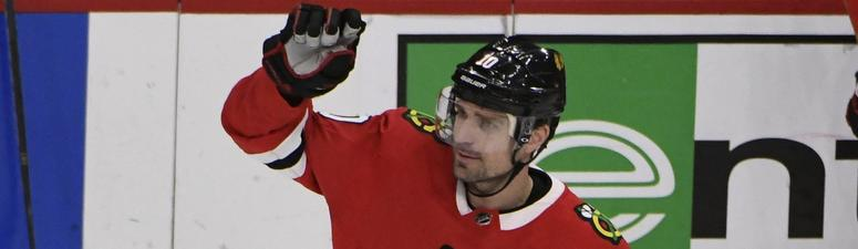 Blackhawks forward Patrick Sharp