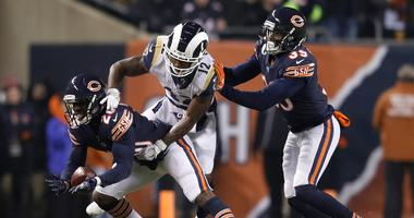 Bears cornerback Prince Amukamara (20) breaks up a pass intended for Rams receiver Brandin Cooks (12).