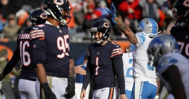 Bears kicker Cody Parkey (1) reacts after missing a field goal.