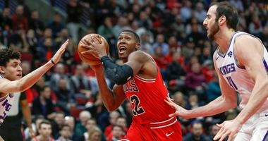 Bulls point guard Kris Dunn drives to the basket.