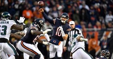 Bears quarterback Mitchell Trubisky (10) throws a pass against the Eagles.