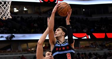 Bulls guard Zach LaVine attempts a shot after a drive to the hoop.