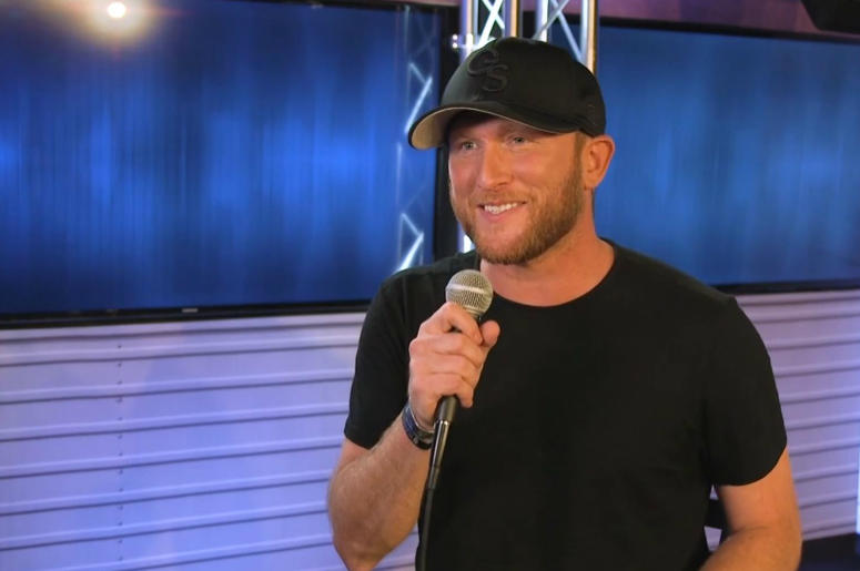 Cole Swindell stops by the radio.com studios