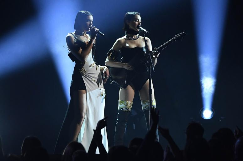 February 10, 2019; Los Angeles, CA, USA; Dua Lipa (L) and St. Vincent perform during the 61st Annual GRAMMY Awards on Feb. 10, 2019 at STAPLES Center in Los Angeles, Calif. Mandatory Credit: Robert Hanashiro-USA TODAY NETWORK