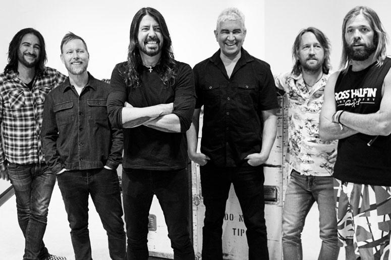 foo fighters announce chicago pop up shop 93 xrt