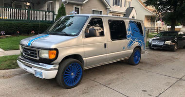 Detroit Lions themed van