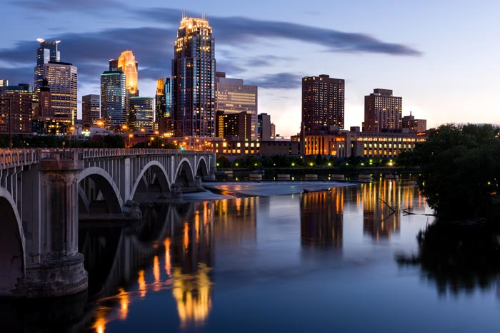 Minneapolis, MN | Temps can range from 7°F to 83°F throughout the year