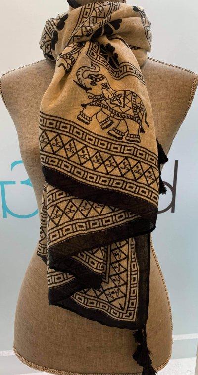 Black/Tan Elephant Design